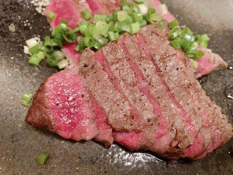 ほし乃〜富山市西町のお手頃価格な国産牛ステーキ丼専門店で平日ランチ!ハンバーグも食べてみた♪子連れもOKです