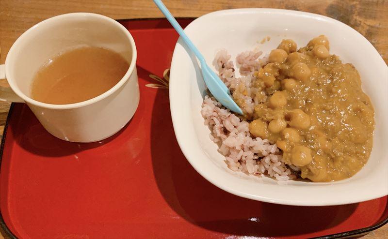 トートーカフェ兎兎茶房で子連れごはん!夜のカフェめし&キッズメニュー2種類 デザートはタピオカドリンク!