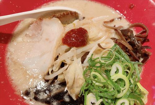 一風堂 富山店子連れ休日ランチで安定の赤丸白丸&変わり種の杏仁ヌードル2種食べてみた!子供達はお子さまセット♪