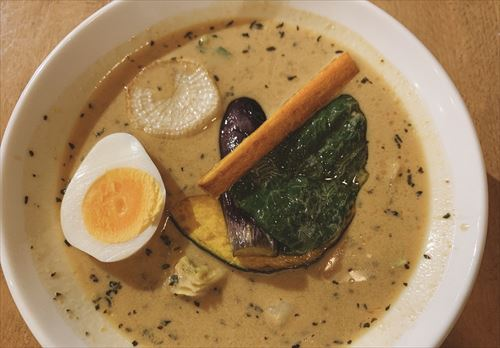 かふぇにこ~富山県立山町のエスニックカフェで子連れディナー スープカレーが絶品!