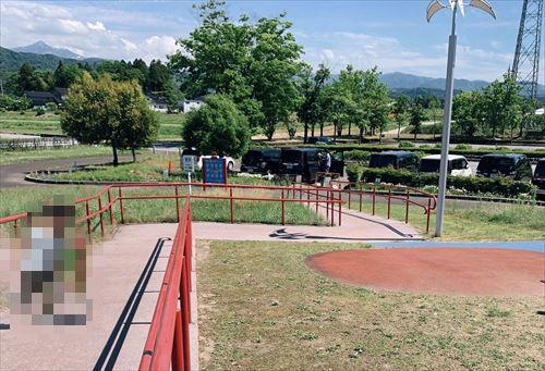 立山町総合公園駐車場