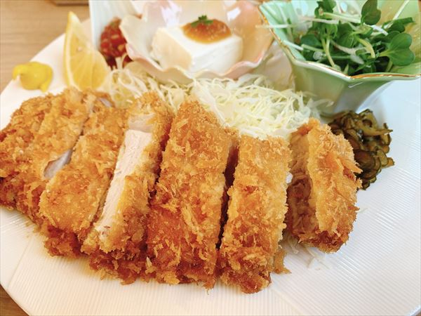芋つる豊田店で平日ランチ 黒豚ロース・ひれカツ食べくらべ!富山市米田